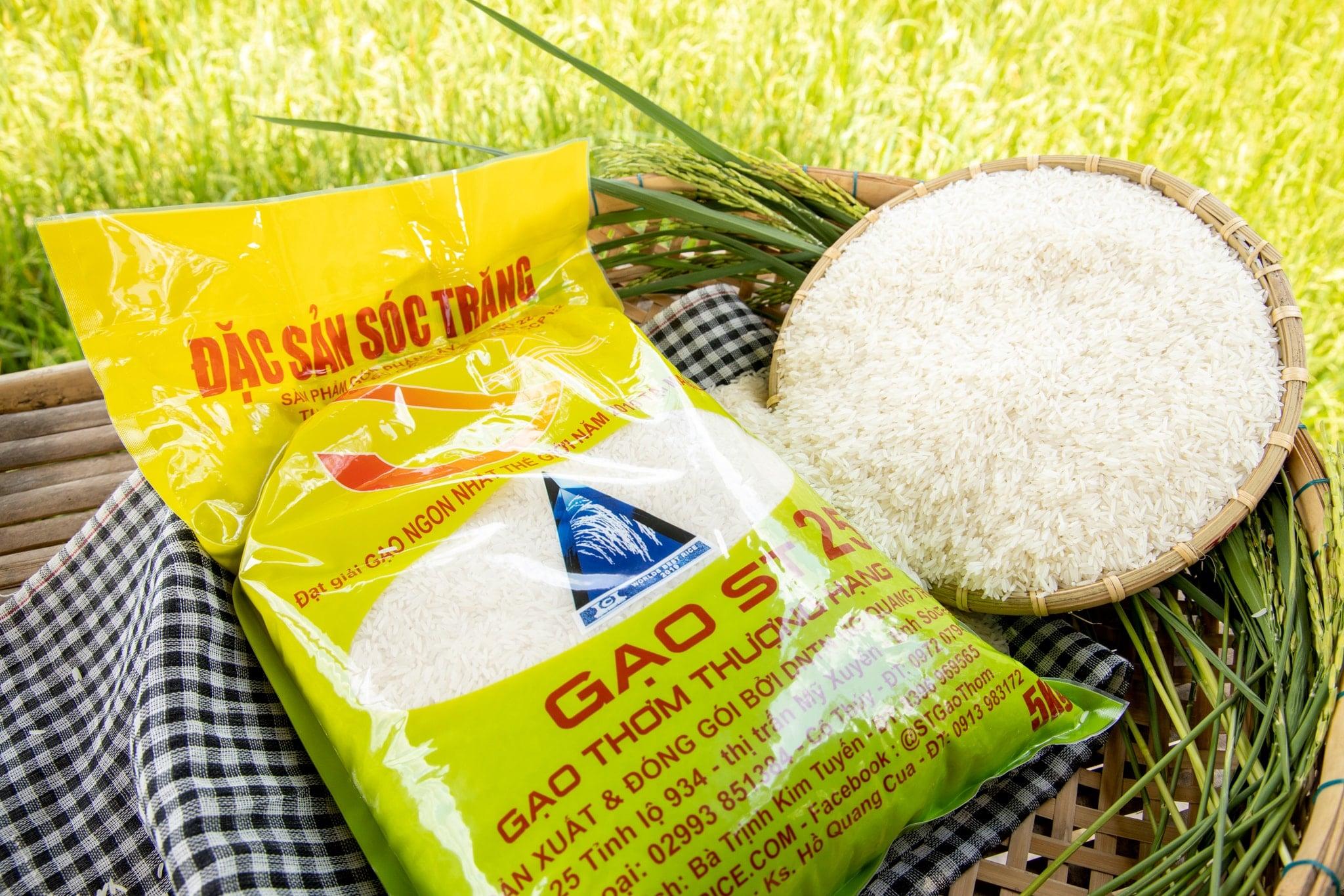 Gạo đặc sản Sóc Trăng ST25
